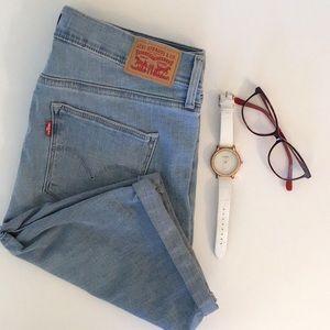 LEVI'S Slimming Skinny Shorts